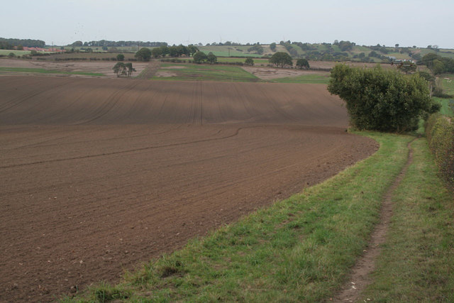 Farmland near Ravenshead
