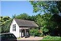 TQ4861 : Weatherboarded Cottage, Stonehouse Lane by N Chadwick