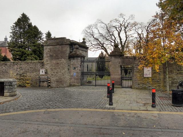 Greyfriars Gates