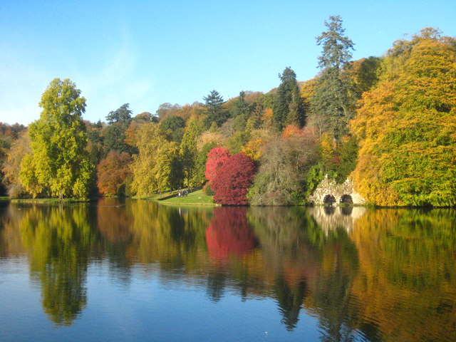 Autumn foliage at Stourhead