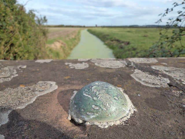 An OSBM bolt overlooking a Somerset rhyne
