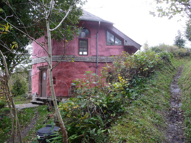 House above Cwm Degwel