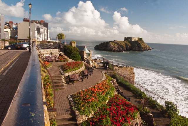 Gardens Above South Beach - Tenby