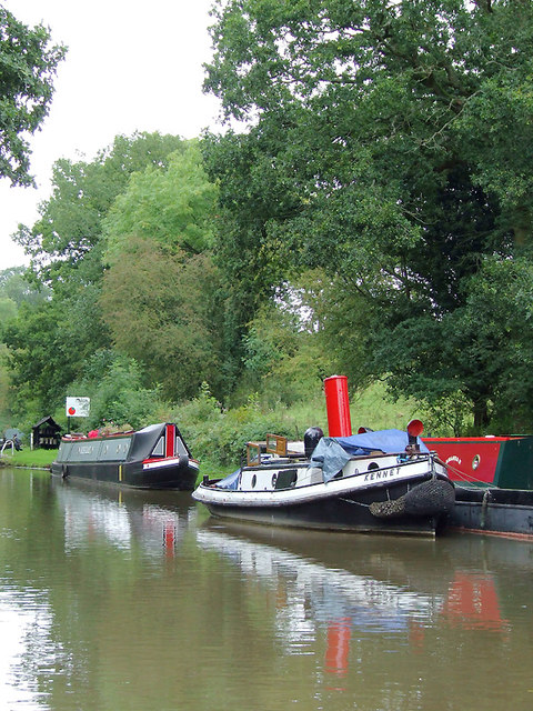Narrowboats by Dutton Stop Lock, Cheshire