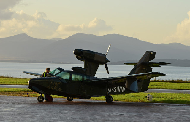 Unusual aircraft - Oban Airport
