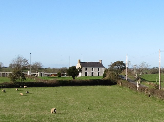 Derelict farmhouse on the western section of Lisnamulligan Road