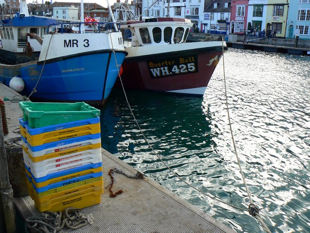 Fishing boats and fish boxes weymouth brian robert for Fish box for boat