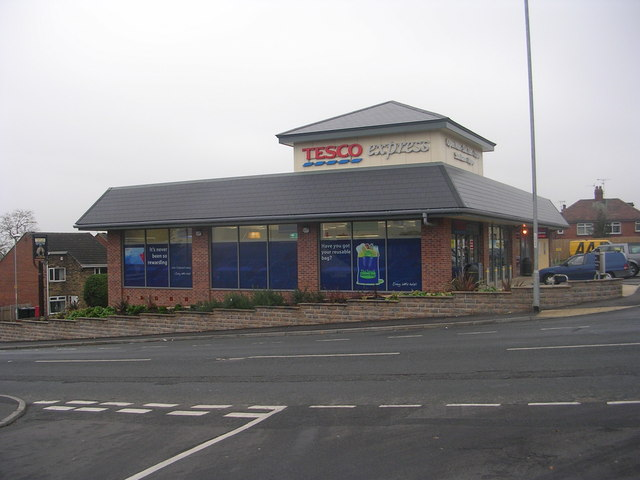 Tesco Express - Elland Road