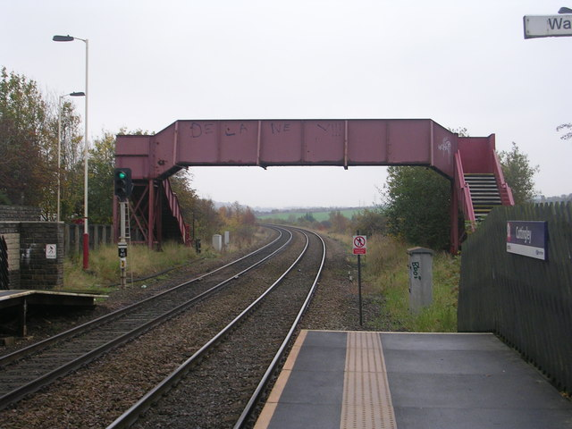 Footbridge - Cottingley Station