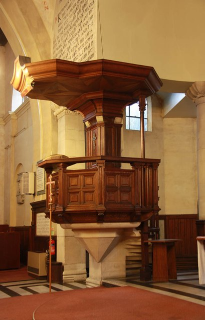 Christ Church, Brixton Road, North Brixton - Pulpit