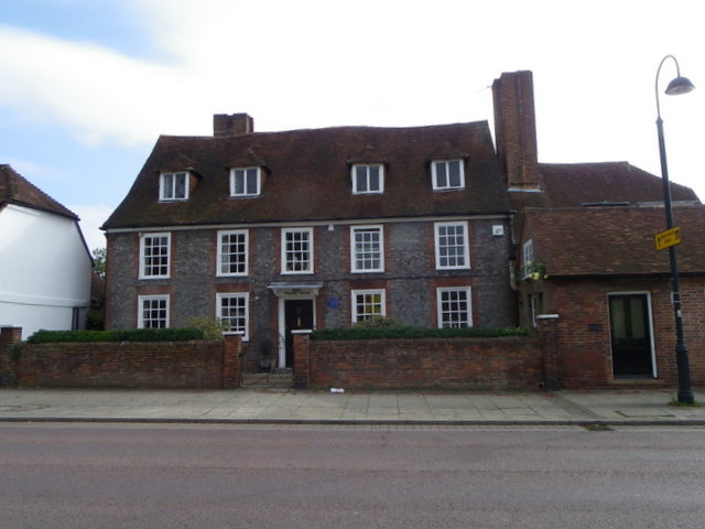 Dragon House, Petersfield
