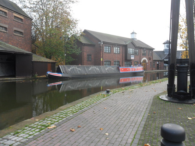 Working Narrow Boat Hadar moored in Coventry Basin