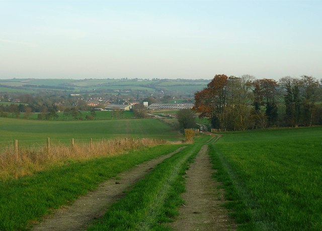Track to Mayfield Farm