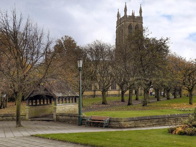 St Thomas' Church and Lychgate