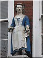 TQ3579 : St. Mary Rotherhithe (former) charity school - Bluecoat girl statue by Mike Quinn
