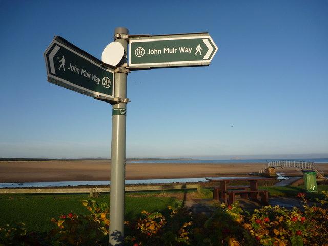 Coastal East Lothian : The John Muir Way at Belhaven, Dunbar