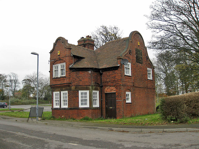 Former gatehouse, Scalby Manor