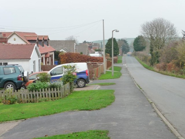 Limestone Road, Burniston