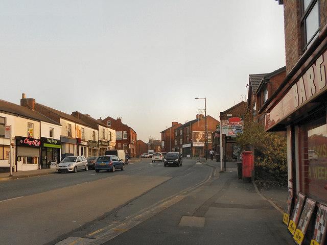 Market Street (A627), Hyde