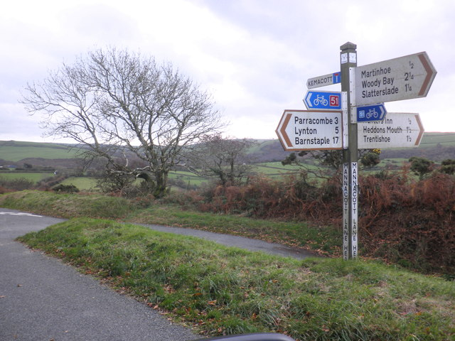 Signpost, Mannacott Lane Head