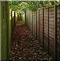 SU9785 : Footpath through the estate : Week 46