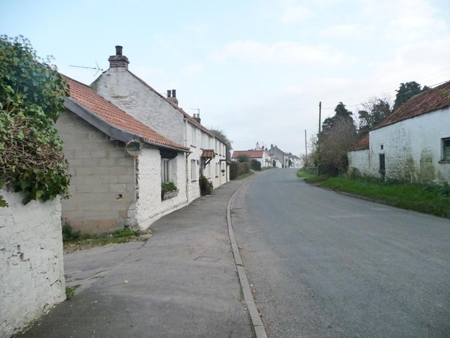 Whitewashed houses in Folkton