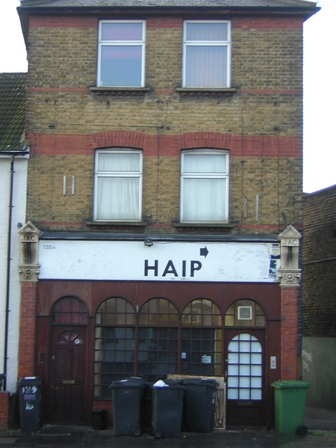 Building on corner of Clifton Road and Whitehorse Lane, Thornton Heath
