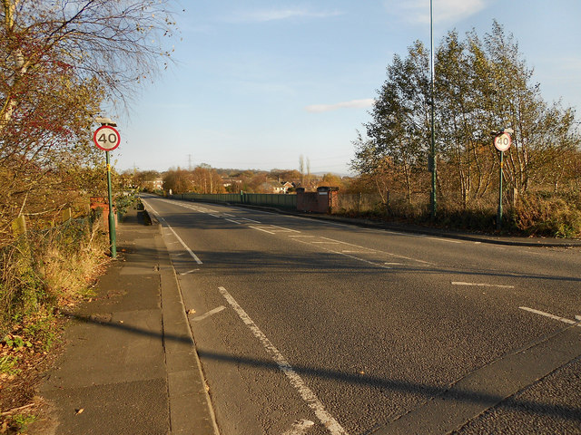 A560, Approaching Hattersley Viaduct
