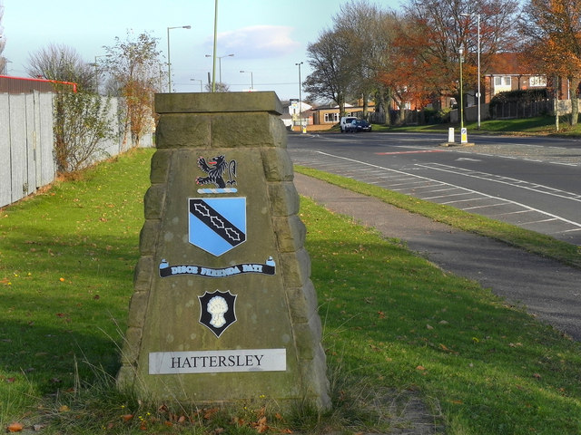 A560, Hattersley
