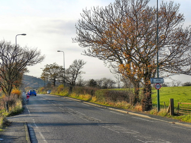 Mottram Old Road (A560)