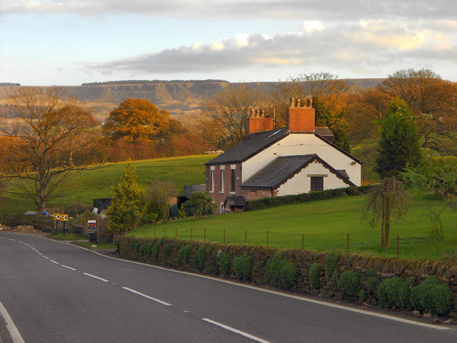 Marple Road (A626), Chisworth