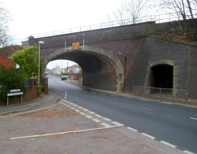 Railway bridge and pedestrian tunnel, Stonehouse