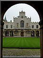TL4457 : The Old Court, chapel and cloisters at Peterhouse, Cambridge by Roger  Kidd