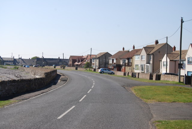 Harbour Rd, Beadnell © N Chadwick :: Geograph Britain and Ireland