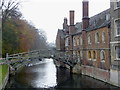 TL4458 : The River Cam by Queens' College, Cambridge by Roger  Kidd