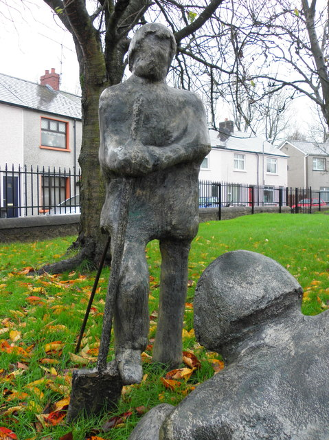 Sculptures, Campsie Crescent, Omagh