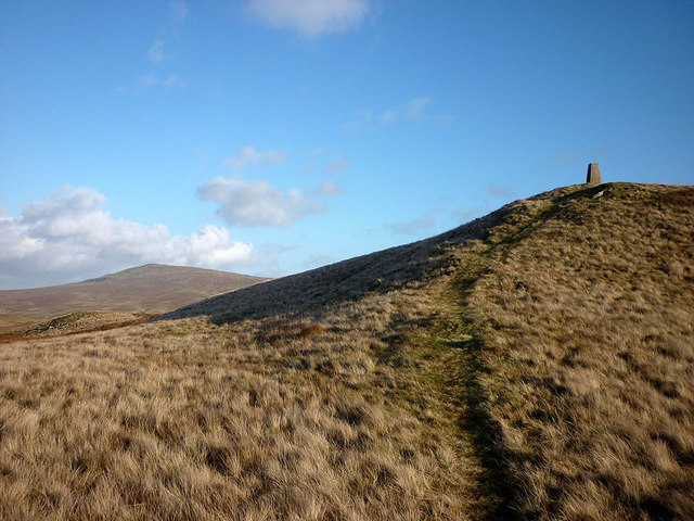 Approaching the top of Casterton Fell