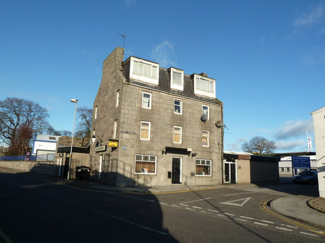 Auld St Clement's Bar, St Clement St, Aberdeen