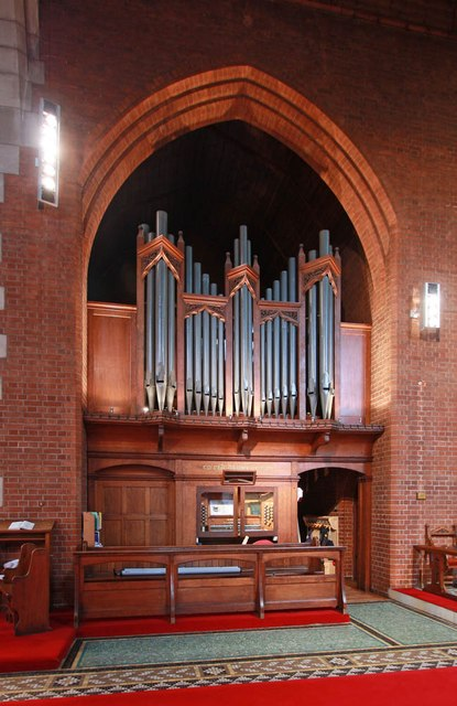 St Andrew, Park Walk - Organ
