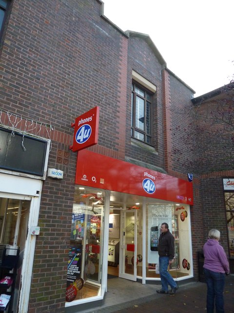 Lewes High Street- phones 4U