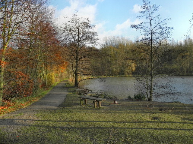 Moses Gate Country Park, Fishing Lodge