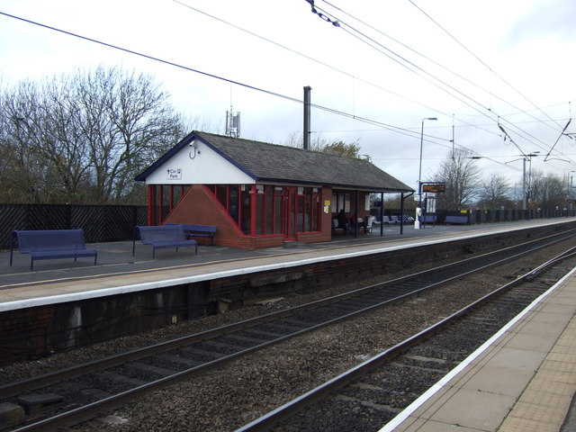northallerton railway station  u00a9 jthomas cc 2 0    geograph britain and ireland