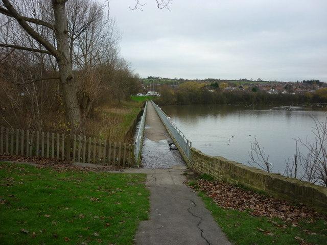 A path over the reservoir near Farnley