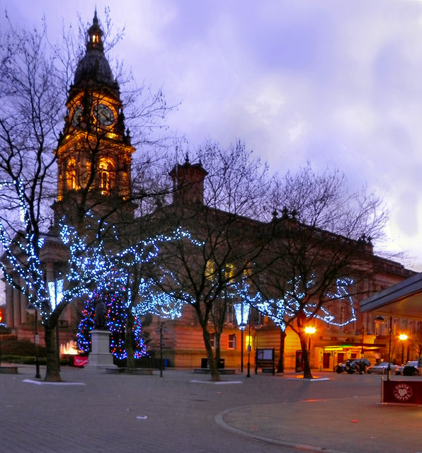Bolton Town Hall, Victoria Square