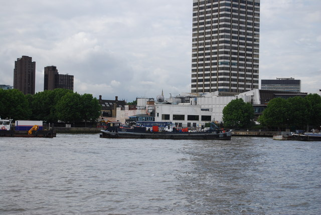 Across the Thames to Gabriel Wharf
