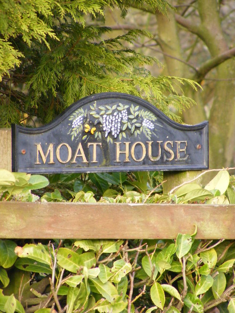Moat House sign