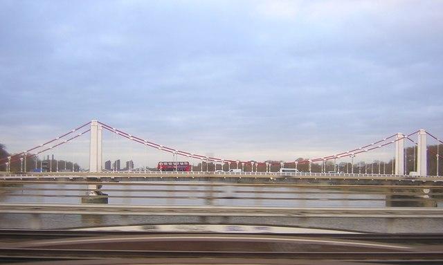 Chelsea Bridge, from a moving train on Grosvenor Bridge