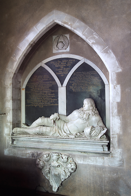 Monument to Sir Thomas Hooke - St Lawrence's church, Wootton St Lawrence