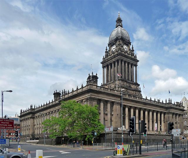 Town Hall, The Headrow, Leeds © Stephen Richards cc-by-sa ...