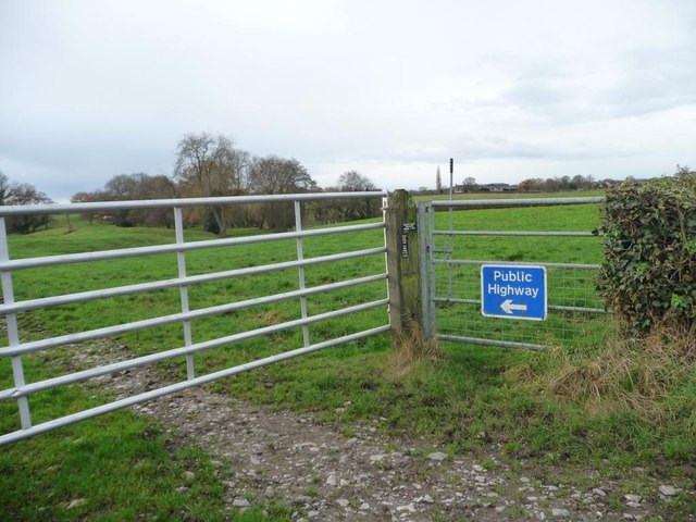 Footpath gate and farm track gate, Townfield Lane